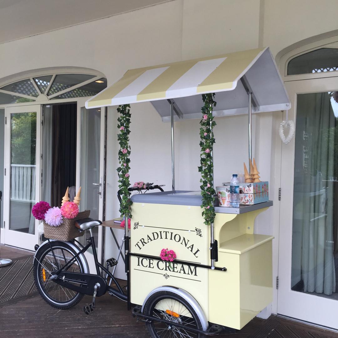 Cream Trike Event Hire.JPG