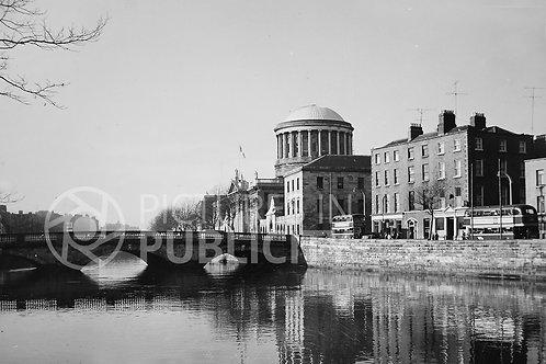 The Four Courts Dublin 1963 Ref R63-4709