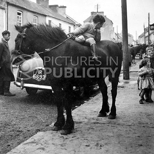 Banagher Horse Fair Offaly 1957 Ref R57-3904