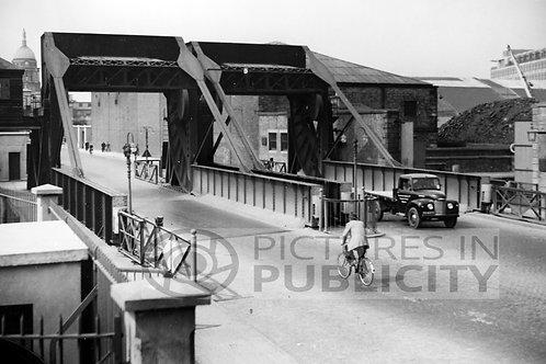 North Wall Dublin 1954 Ref R54-1509