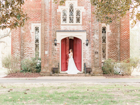 Bridal Session   Immanuel Episcopal Church   The Armour House and Gardens  Sarah Duke Photography