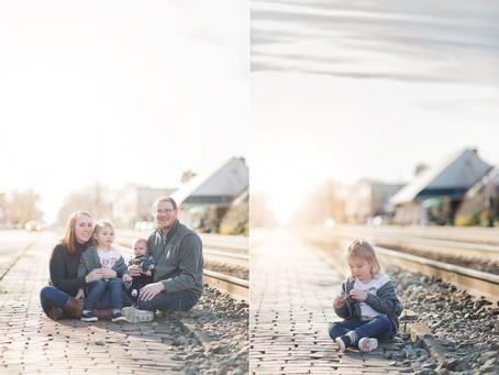 Redfield Family | Portraits | Ashland Train Station | Sarah Duke Photography
