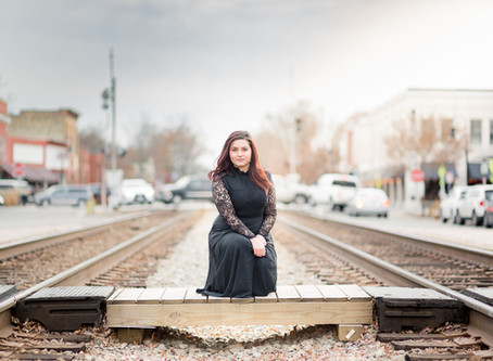 Kayla   Portraits   Ashland Train Station   Sarah Duke Photography
