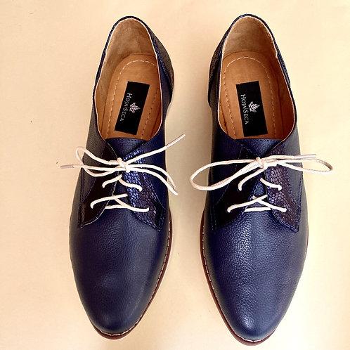 Katas. Zapatos en cuero bovino color azul