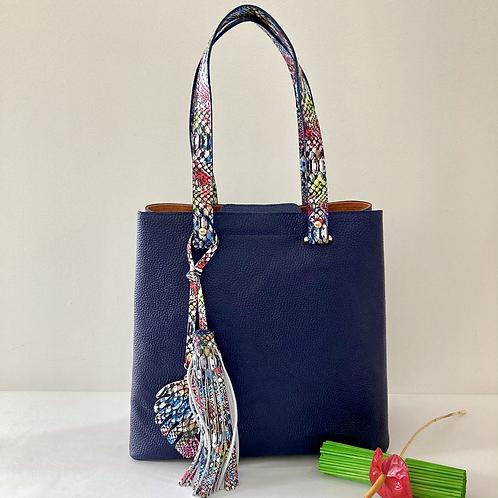 María Antonia, bolso en cuero bovino color azul