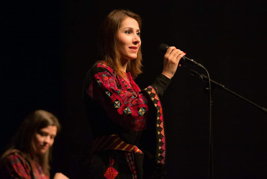 من مشاركتي في جولة موسيقية غنائية في النرويج مع الأستاذ عمر عباد والفنانة رلى البرغوثي