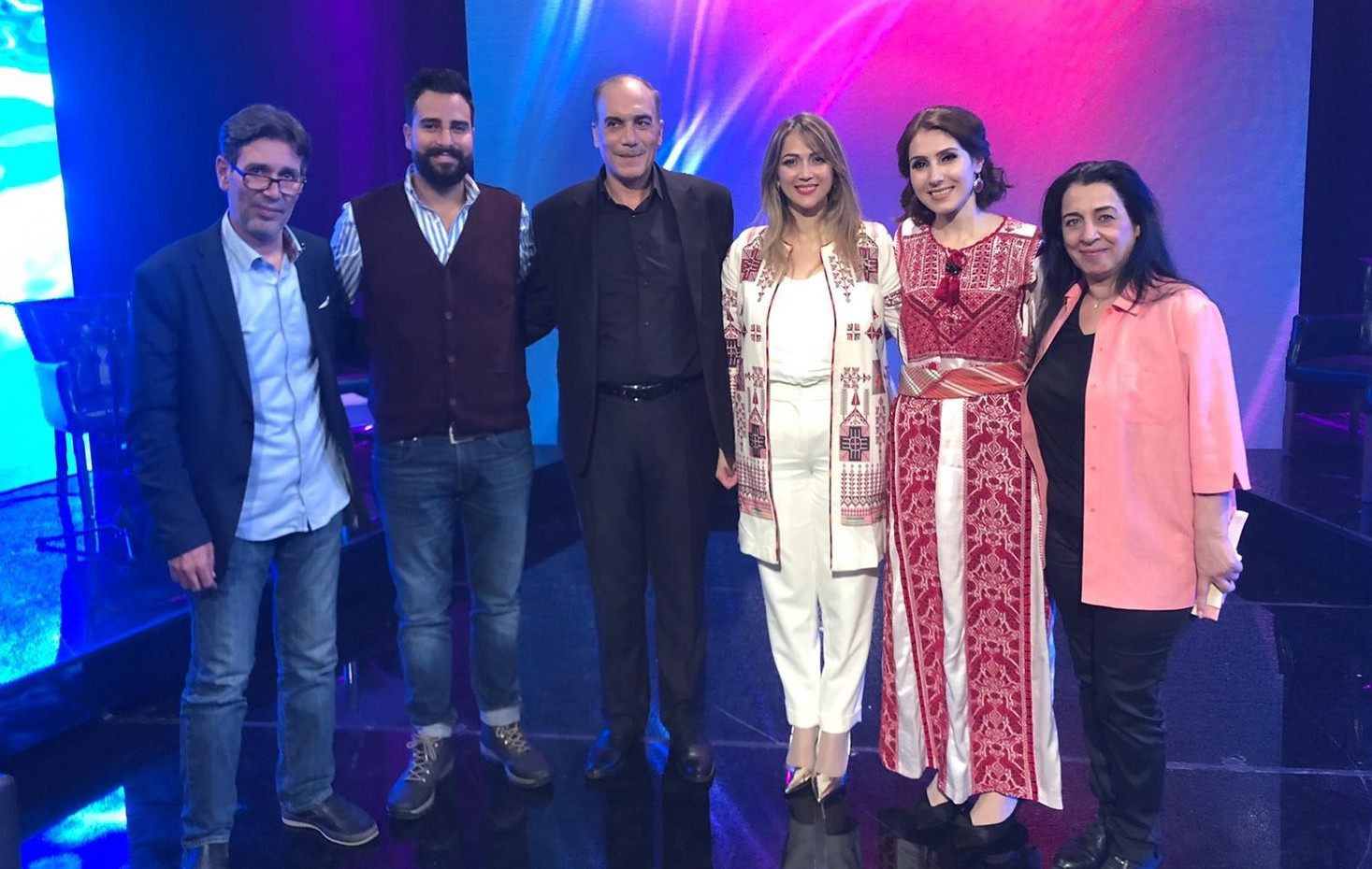 من مشاركتي في سهرة فنّية احتفالاً بمرور 5 سنوات على انطلاقة تلفزيون فلسطيني مع الإعلامي هشام جابر.. ومع مجموعة متميزة من الفنانين الفلسطينيين..