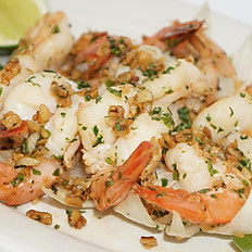 House Garlic Shrimp/Camarones Al Ajillo de la Casa