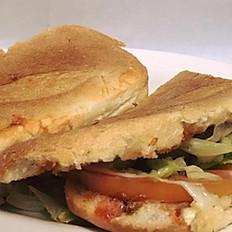 Chicken Sandwich/Sandwich de Pollo