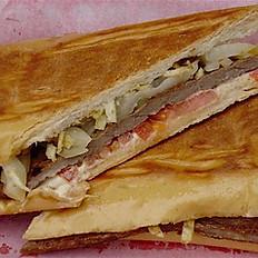 Steak Sandwich/Sandwich de Bistec
