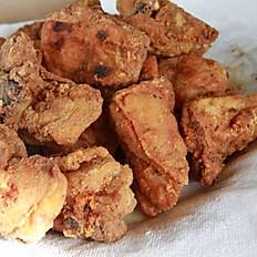 Fried Chicken Bites with Bone/Chicharron de Pollo Con Hueso
