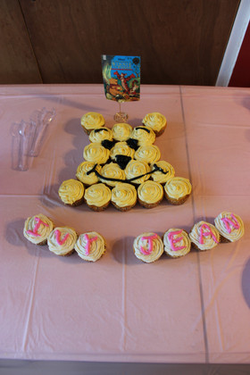 Pull Apart Winnie The Pooh Cupcakes