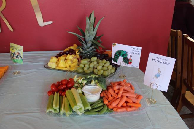 Veggie & Fruit Trays