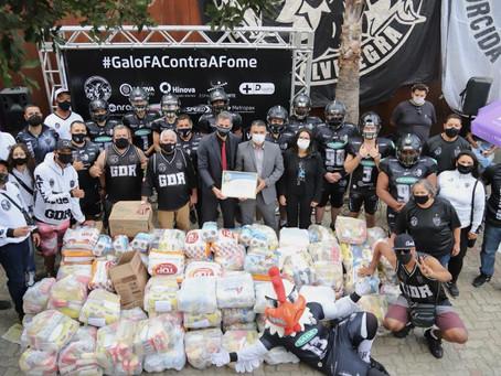 Ação social: Galo FA e torcida G.D.R promovem 150 cestas básicas ao bairro Céu Azul
