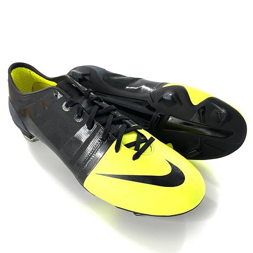 Nike GS FG