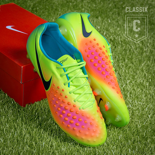 Nike Magista Opus 2  FG UK9.5