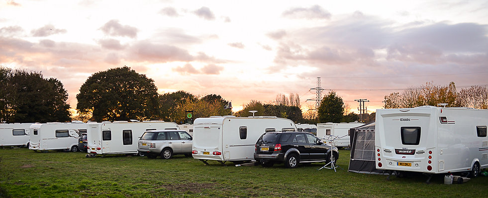 Caravaners holidaying here at Hayfield Lakes