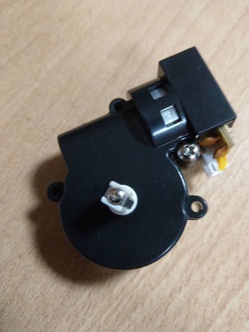 Мотор боковой щетки в сборе левый Philips