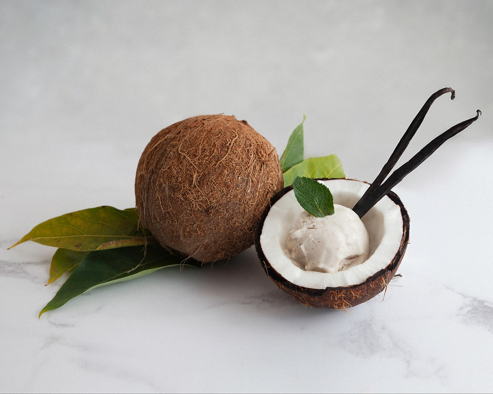 Mama Dolce Coconilla flavour served in a coconut