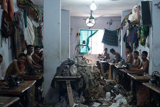 Trabajo infantil - Fábrica en Bangladesh