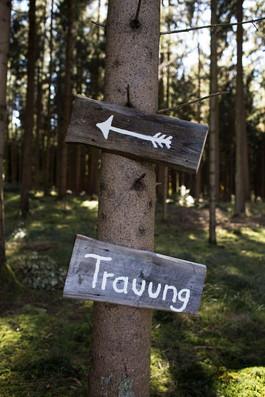 Trauung-Schild-Hochzeit.jpg
