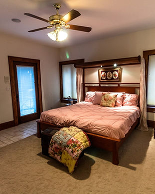 Raspberry Hill Bed and Breakfast master suite