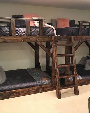 Raspberry Hill Bed and Breakfast family suite bunk beds