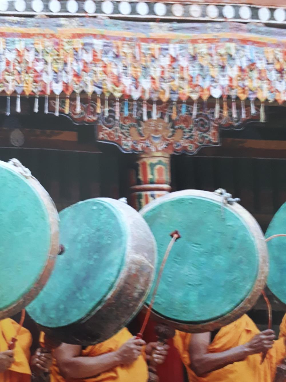 Du 18 au 31 Aout yoga, méditation, temples, lieux sacrés, moines, sessions chamaniques, docteur en médecine traditionnelle tibétaine,