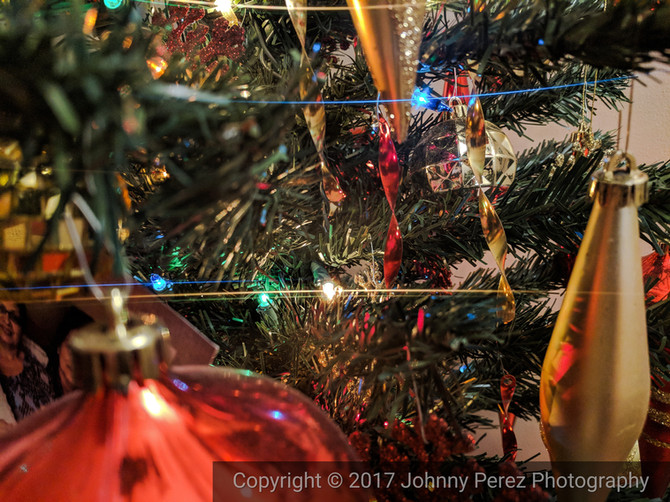 Day 23 in my #31dayphotochallenge | Christmas Ornaments