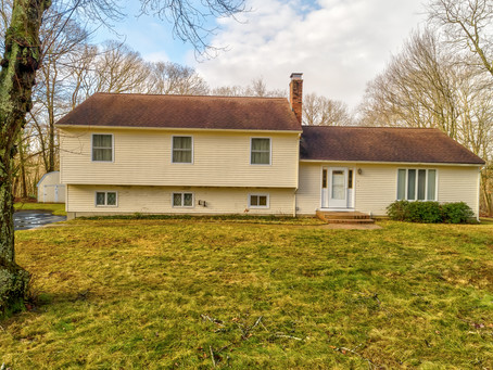 5 Jean Dr, Old Lyme, CT 06371