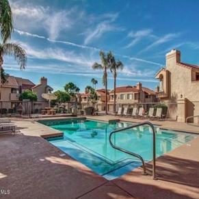 Venetian 2 Pool Area