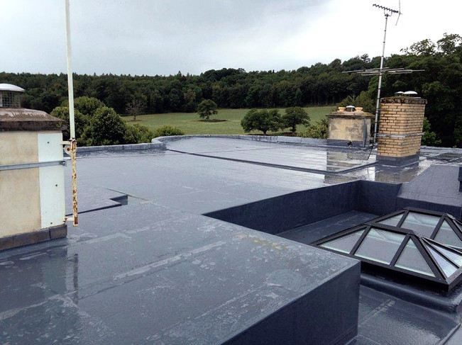 The completed roof withstanding the rain.