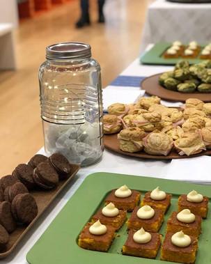 Hermoso catering 🍩🥧 para _gapuruguay e