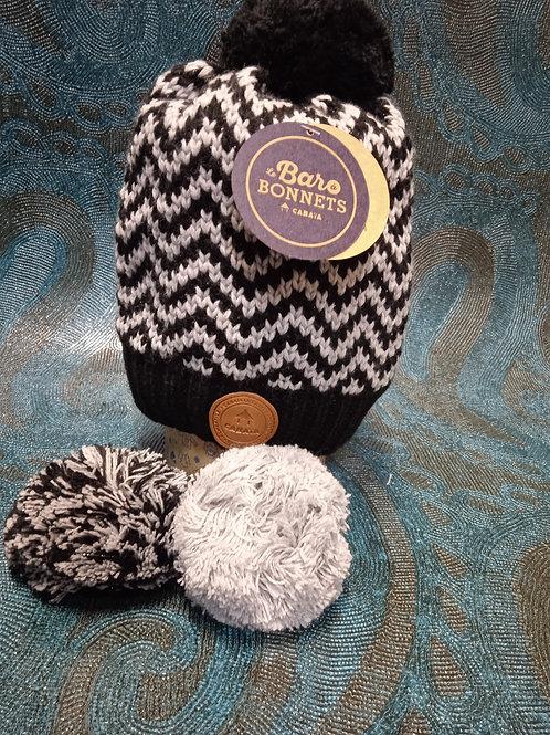 Karaboudjan dark grey lurex 1 Bonnet +3 pompons CABAIA