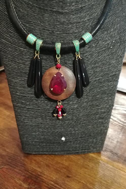Collier fantaisie Rouge, turquoise et noir