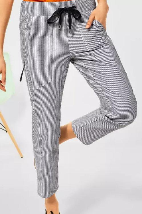 Pantalon coupe ample avec rayures Street one
