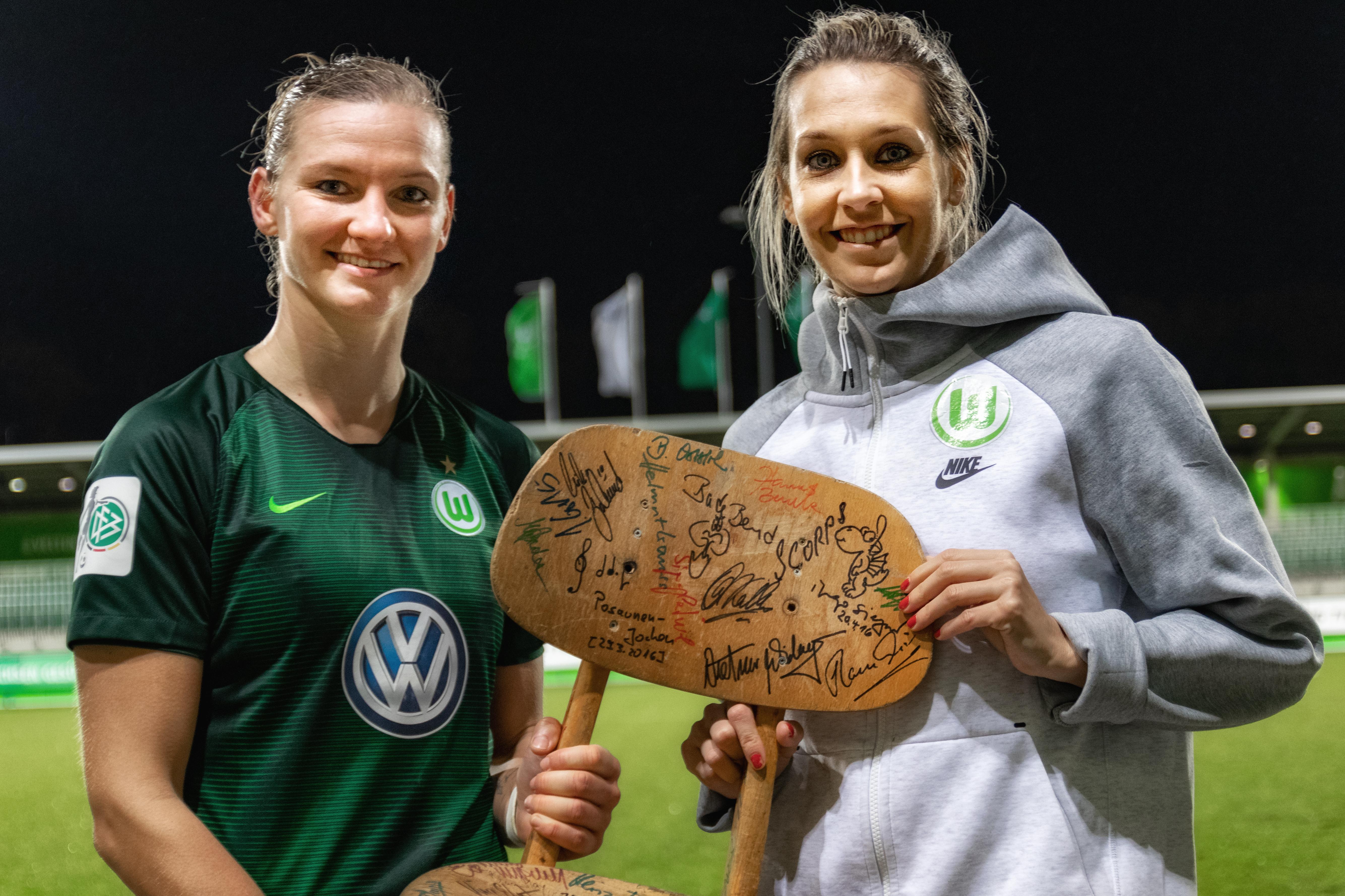 Alexandra Popp und Lena Goeßling
