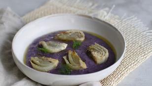Vellutata di patate e cavolo viola con finocchi gratinati