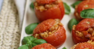 Pomodori ripieni vegan