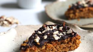 PASQUA VEGAN - Torta di carote e nocciole con crema di cioccolato fondente