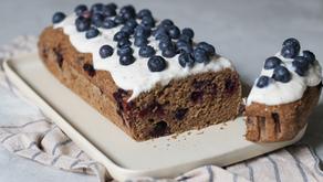 Torta Senza Glutine e Vegana: plumcake con Banane e Mirtilli
