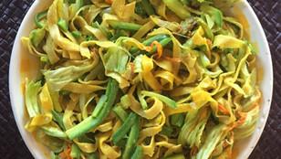 Tagliatelle zafferano e zucchine