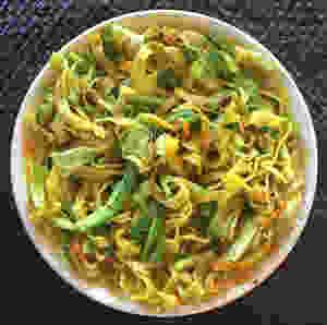Tagliatelle with saffron and zucchini