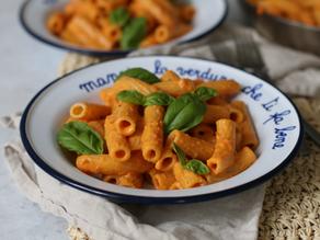 Pasta al sugo di peperoni: una ricetta estiva facile ed economica