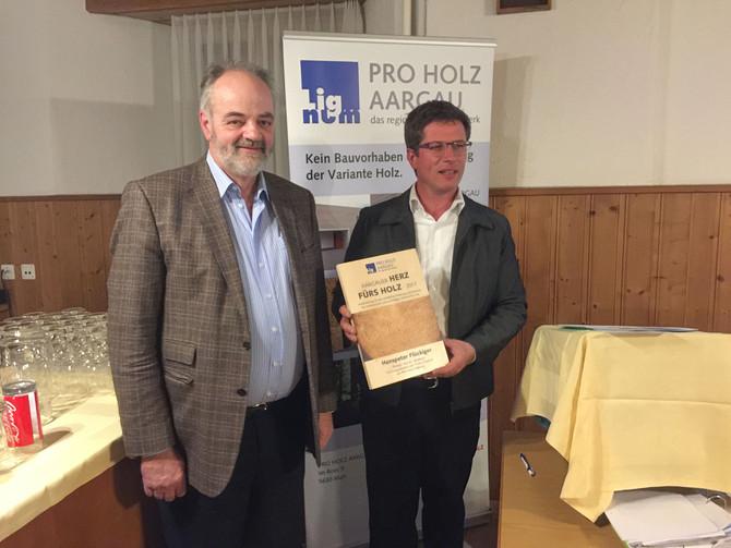 Aargauer Herz fürs Holz geht an Hanspeter Flückiger