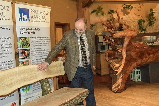 Pro Holz Aargau: Präsident Hanspeter Flückiger übergibt das Zepter an Daniel Wehrli