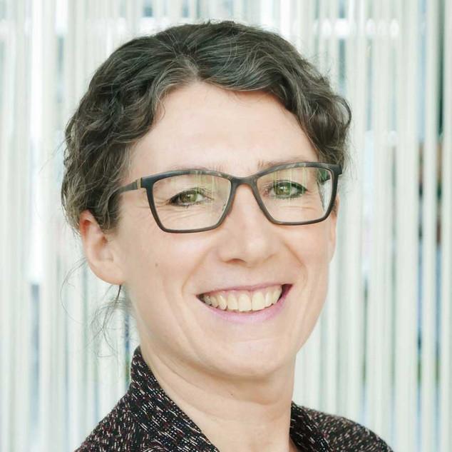 Dr. Annette Neubert