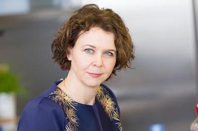 Dr. Angelika de Bree