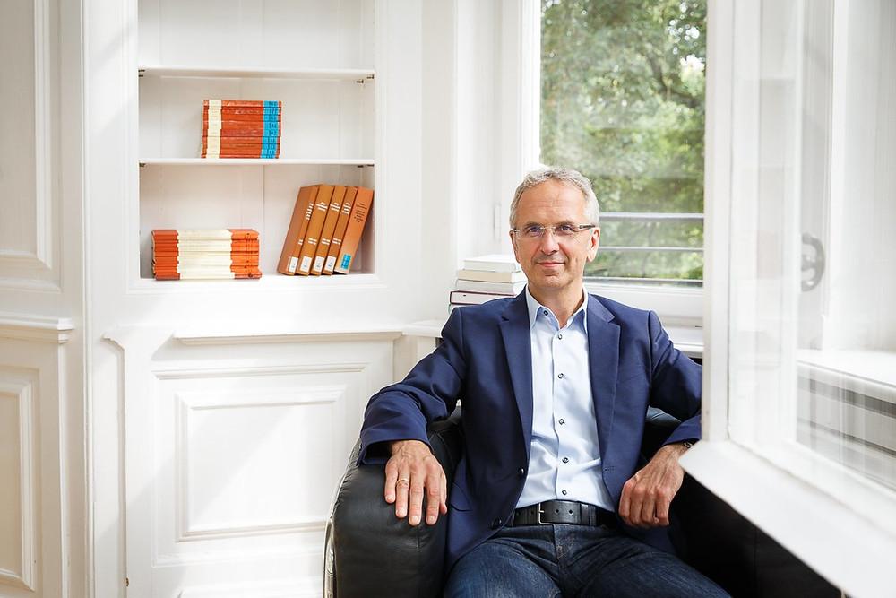 Prof Dr. Andreas Michalsen - Deutschlands führender Experte für Fasten und Naturheilkunde