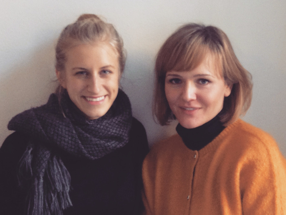 zwei Junge Frauen, Carmen Ortloff und Lia Schmökel